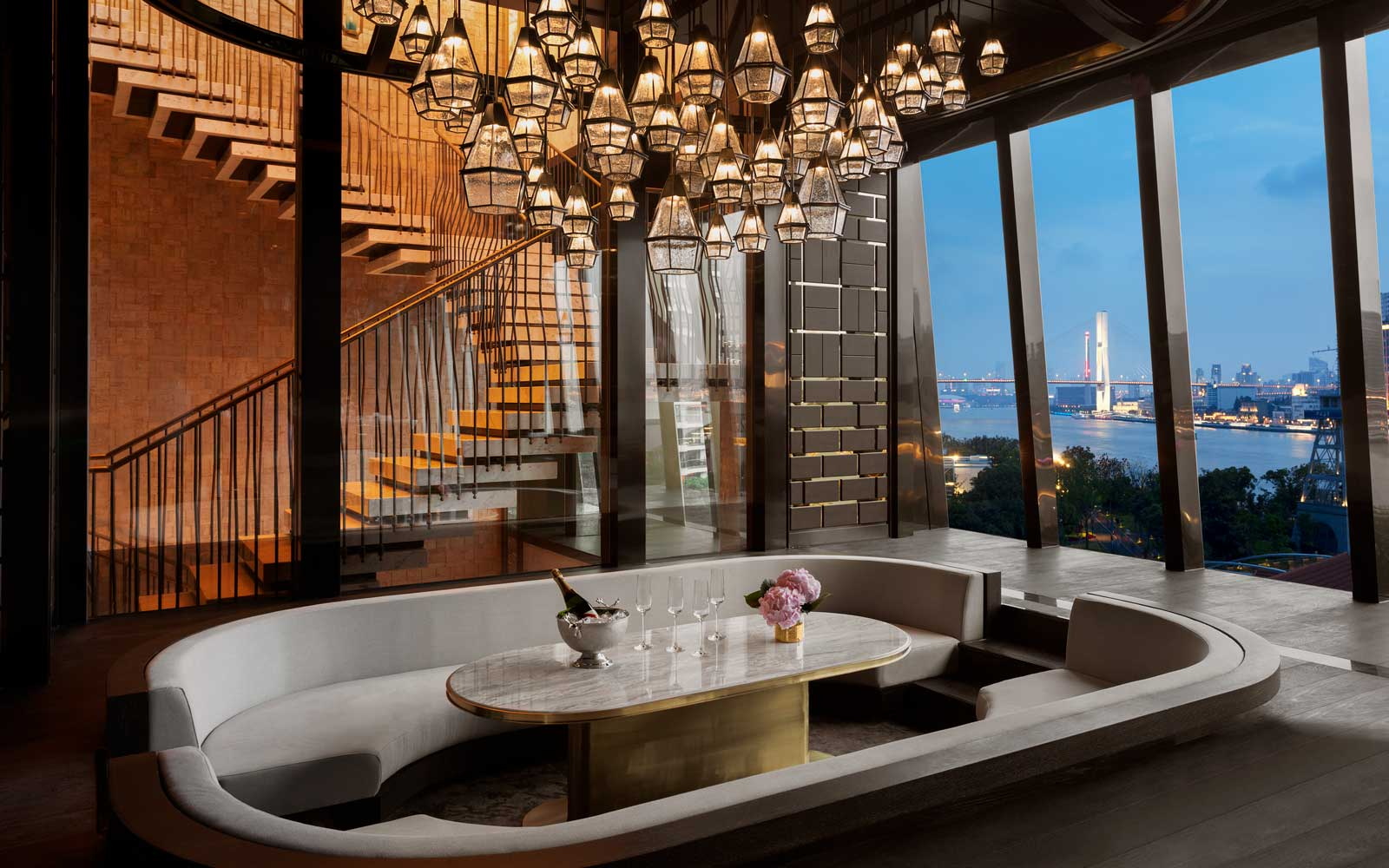 High-end hotel projects, as if it were raining!